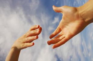 Önkénteseknek és fogadóknak hozott létre honlapot az Emmi