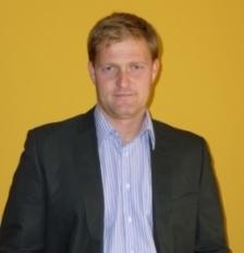 Helm Tamás tanár, edző.