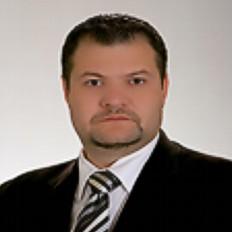 Márkus Róbert Zsolt tanár, közoktatási szakértő.