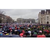 A köznevelési kerekasztal nem hivatott a sztrájktörvény szerinti egyeztetésre