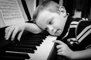 zene_kisfiú